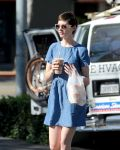 Celebrities Wonder 51683745_anne-hathaway-denim-dress_8.jpg