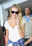 Celebrities Wonder 51981143_candice-swanepoel-airport_5.jpg