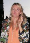 Celebrities Wonder 55233438_maria-sharapova-zuma-restaurant_8.jpg