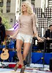 Celebrities Wonder 55370166_carrie-underwood-today-show_5.jpg