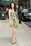 Celebrities Wonder 56558643_mary-louise-parker-letterman_5.jpg