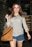 Celebrities Wonder 61228907_sophia-bush-Chateau-Marmont_7.jpg