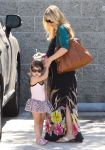 Celebrities Wonder 63558585_sarah-michelle-gellar-daughter_6.jpg