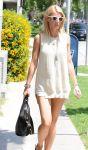 Celebrities Wonder 6526734_gwyneth-paltrow-restaurant_7.jpg