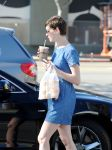 Celebrities Wonder 66547071_anne-hathaway-denim-dress_7.jpg