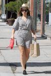 Celebrities Wonder 77177847_sophia-bush-shopping_5.jpg