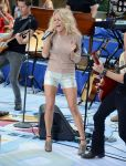 Celebrities Wonder 78500309_carrie-underwood-today-show_2.jpg