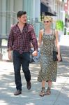 Celebrities Wonder 84071065_Carey-Mulligan-Marcus-Mumford_6.jpg