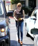 Celebrities Wonder 88385779_emma-roberts_2.JPG