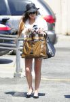 Celebrities Wonder 90111061_lindsay-lohan-denim-shorts_1.jpg