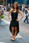 Celebrities Wonder 91153749_maria-menounos-crocs_5.jpg