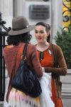 Celebrities Wonder 91520469_leighton-meester-gossip-girl-set_5.jpg