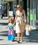 Celebrities Wonder 97243021_busy-phillipps-daughter_2.jpg