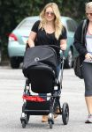 Celebrities Wonder 97808167_hilary-duff-son_3.jpg