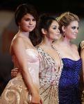 Celebrities Wonder 10702109_spring-breakers-premiere-venice_Ashley Benson 4.JPG