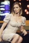 Celebrities Wonder 11131418_emily-blunt-The-Jonathan-Ross-Show-London_6.jpg