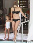 Celebrities Wonder 13603381_jennifer-lopez-bikini_1.jpg