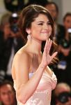 Celebrities Wonder 14651384_spring-breakers-premiere-venice_4.JPG