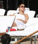 Celebrities Wonder 15724452_jennifer-lopez-bikini_6.jpg