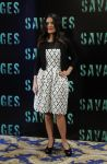 Celebrities Wonder 16024986_salma-hayek-savages-paris_1.jpg