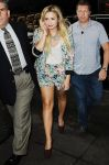 Celebrities Wonder 18788135_demi-lovato-MTV-studios_2.jpg