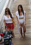 Celebrities Wonder 19257994_kim-kardashian-swimsuit_4.jpg