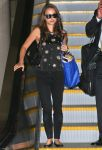 Celebrities Wonder 23649470_natalie-portman-lax-airport_4.jpg