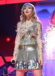 Celebrities Wonder 26992543_2012-iHeartRadio-Music-Festival_8.JPG