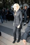 Celebrities Wonder 2896923_gwen-stefani-paris_3.jpg