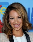 Celebrities Wonder 35938272_Glee-Season-4-premiere_Vanessa Lengies 2.jpg