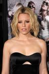 Celebrities Wonder 3643563_Pitch-Perfect-Los-Angeles-premiere_Elizabeth Banks 3.jpg