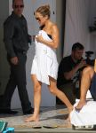 Celebrities Wonder 36990224_jennifer-lopez-bikini_4.jpg