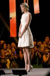 Celebrities Wonder 38212532_taylor-swift-Canadian-Country-Music-Awards_3.jpg