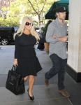 Celebrities Wonder 38691458_jessica-simpson-nyc_7.jpg