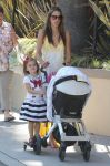 Celebrities Wonder 3933072_alessandra-ambrosio-children_8.jpg