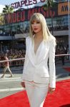 Celebrities Wonder 40346478_taylor-swift-mtv-vma-2012_3.JPG