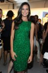 Celebrities Wonder 4589133_alice-olivia-spring-2012-front-row_Odette Annable 2.jpg