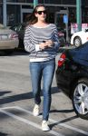 Celebrities Wonder 48015807_liv-tyler-whole-foods_3.jpg