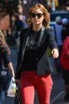 Celebrities Wonder 49416858_olivia-wide-Cafe-Gitane_5.jpg