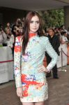 Celebrities Wonder 49917004_lily-collins-writers-toronto_5.jpg
