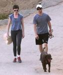 Celebrities Wonder 64308543_anne-hathaway_4.jpg