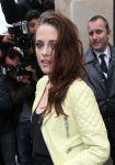 Celebrities Wonder 7144491_kristen-stewart-balenciaga-spring-2013_7.jpg
