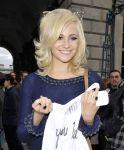 Celebrities Wonder 7560575_Mark-Fast-fashion-show_4.jpg