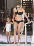 Celebrities Wonder 77030740_jennifer-lopez-bikini_2.jpg