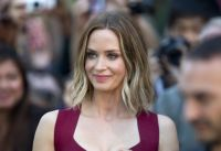 Celebrities Wonder 81125246_emily-blunt-looper-toronto_3.JPG