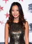 Celebrities Wonder 81783777_alice-olivia-spring-2012-front-row_Jamie Chung 3.jpg