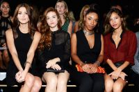 Celebrities Wonder 85054522_dkny-front-row_b.jpg
