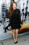 Celebrities Wonder 87400786_dkny-front-row_Holland Roden 1.jpg