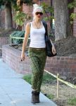 Celebrities Wonder 87530923_gwen-stefani_2.jpg