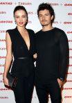 Celebrities Wonder 89671454_miranda-kerr-orlando-bloom-airlines_4.jpg